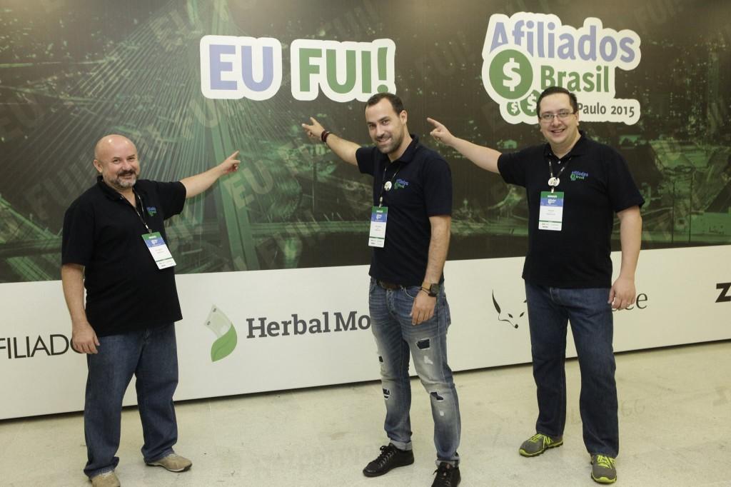 Flávio Raimundo, Paulo Faustino e Rafael Rez: organizadores em momento de descontração
